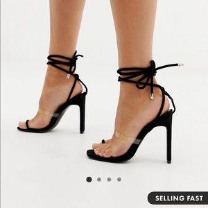 Black clear detail toe loop heeled sandals